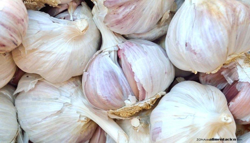 calorías, índice glucémico y valor nutritivo o nutricional y propiedades de los ajos