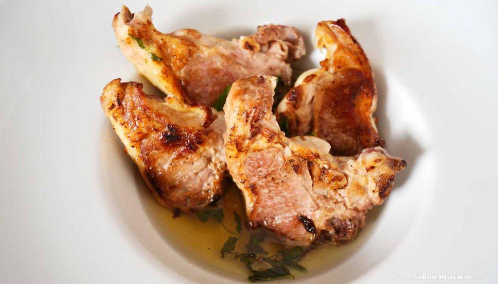 calorías, índice glucémico y valor nutritivo o nutricional y propiedades del cordero o carne de cordero - partes del cordero