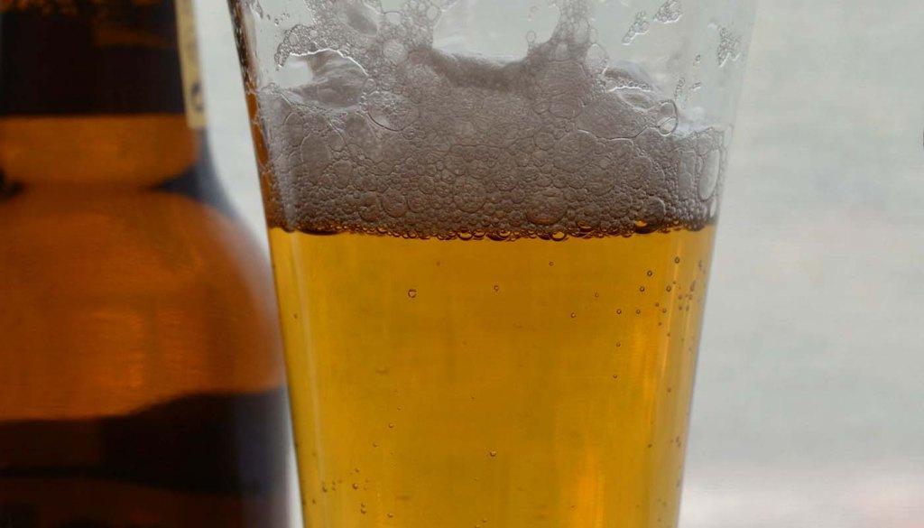 calorías, índice glucémico y valor nutritivo o nutricional y propiedades de las cervezas - ventajas y desventajas de beber cervezas