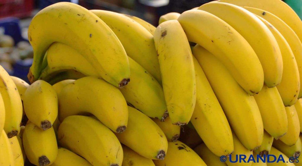 Diez alimentos para un vientre plano: plátanos