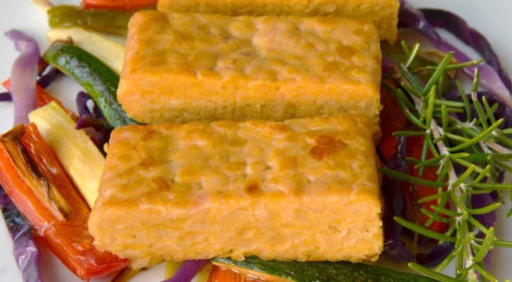 calorías, índice glucémico y valor nutritivo o nutricional y propiedades del tempeh - que es el tempeh