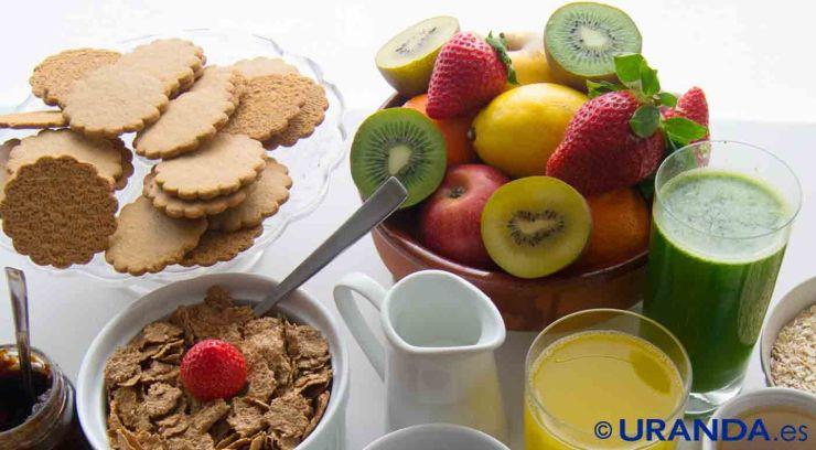 Cómo debe ser un desayuno saludable para niños y niñas