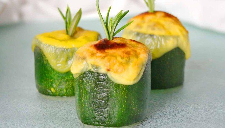 Receta vegana de calabacines rellenos de soja texturizada - recetas vegetarianas y veganas