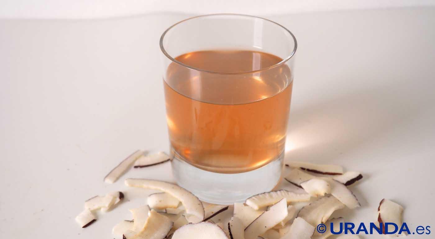 Las siete bebidas más saludables después del agua: Agua de coco